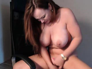 Busty Milf in 5 Hour Cam Show