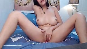 ASIANAFFAIRXXX Fingering her Pussy